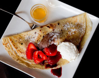 french-crepes-strawberry
